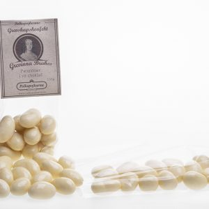 Paranöt i vit choklad 150g
